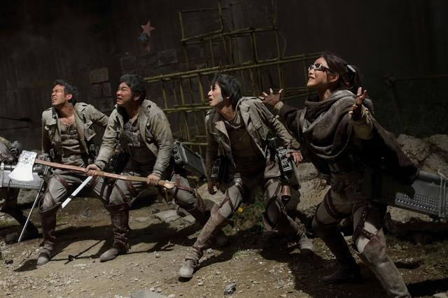 new-photos-from-the-live-action-attack-on-titan-movie